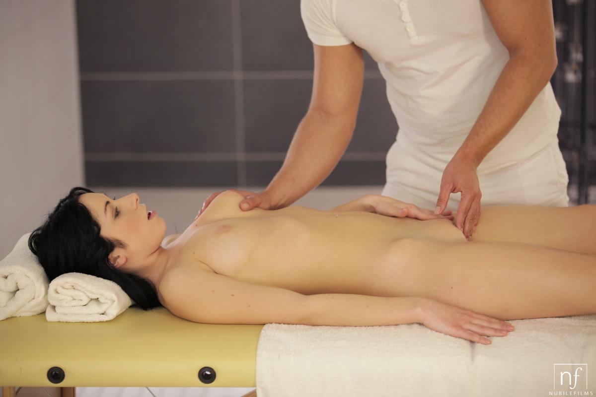 onlayn-eroticheskiy-massazh-na-prieme